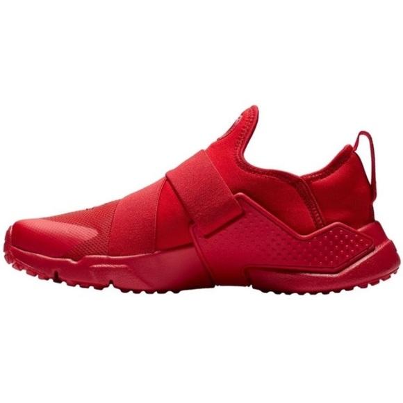 0e5d059620d43 NIB Nike Huarache Extreme Red Sneakers Women 7.5